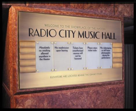 hard_city_music_hall_08