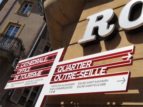 Metz_City_Signage_12