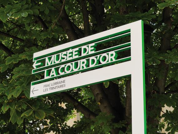 Metz_City_Signage_22