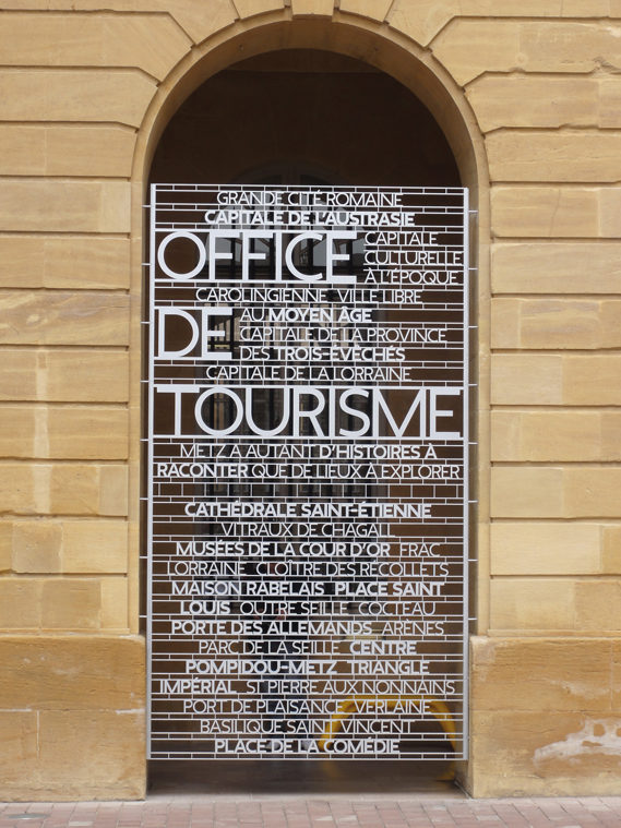 Metz_City_Signage_28