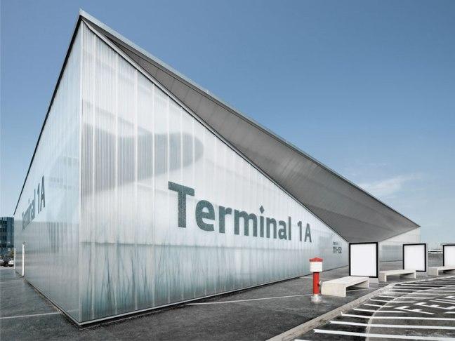 vienna_airport_sinalizar01