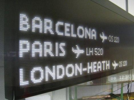 vienna_airport_sinalizar06