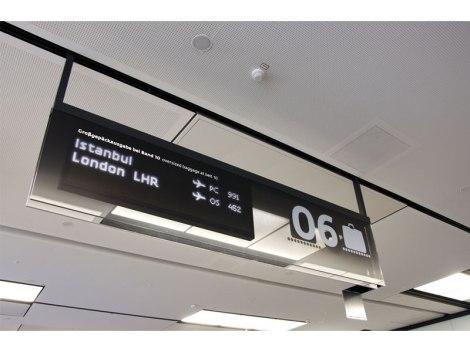vienna_airport_sinalizar15