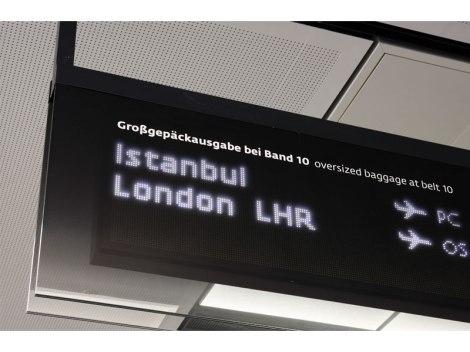 vienna_airport_sinalizar16