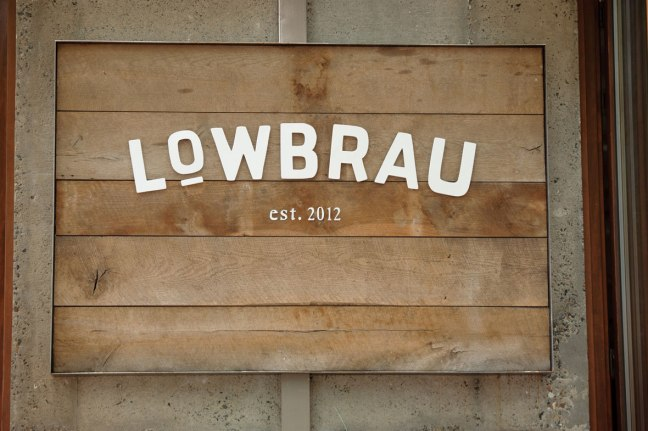 lowbrau_sinalizar02