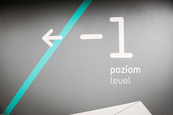 sinalização_galeria_Katowicka_15