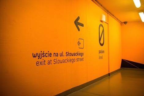 sinalização_galeria_Katowicka_44