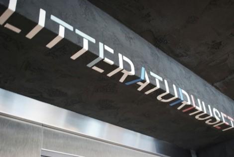 litteraturhuset_sinalizar02